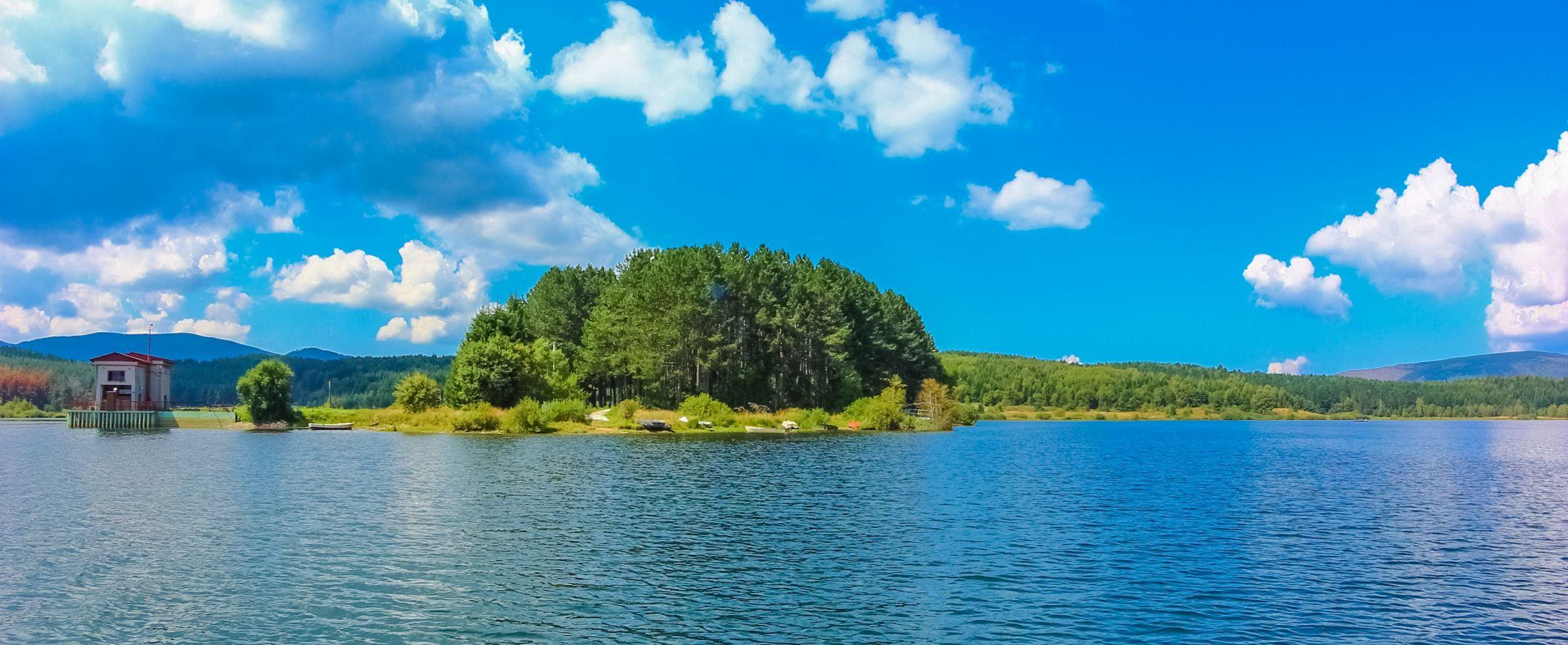 Vlasina بحيرة